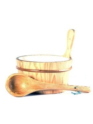 Wooden 1 Gallon Finnish Sauna Bucket with Matching Ladlle